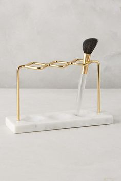 make-up makeup brushes gold marble home accessory bathroom beauty organizer moth. make-up makeup brushes gold marble home accessory bathroom beauty organizer mothers day gift idea. Makeup Storage Wall, Makeup Organization, Bathroom Organization, Marble Collection, Beauty Hacks For Teens, Beton Design, Makeup Brush Holders, Lipstick Holder, Gold Marble