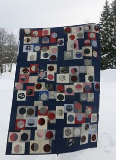 Luna Lovequilts: Quilty 365 - First quilt finished