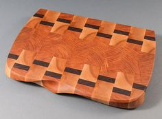 Large Hand Sculpted End-Grain Cutting Board Chopping Boards, Wood Cutting Boards, End Grain Cutting Board, Butcher Block Cutting Board, Kitchen Wood, Kitchen Stuff, Got Wood, Wood Home Decor, Wood Carving