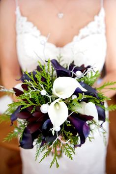 Stunning #winter wedding bouquet. #Purple and white flowers