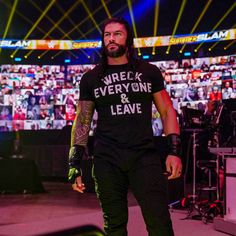 Wwe Superstar Roman Reigns, Wwe Roman Reigns, Wwe Raw And Smackdown, Lebron James Lakers, Roman Regins, Roman Warriors, Braun Strowman, Wrestling Videos, Wwe World