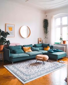 How to Skandi – 4 Regeln für nordisches Design – fridlaa - Home design ideas Elegant Living Room, Boho Living Room, Cozy Living Rooms, Bohemian Living, Apartment Living, Apartment Ideas, Mirrors In Living Room, Bohemian Decor, Bench In Living Room