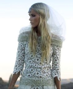 Isabel Lucas... love the hairpiece for wedding?