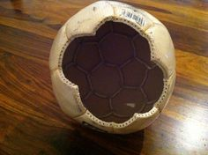 UPCYCLING-Fußball-Lampe1Fußball-Lampe