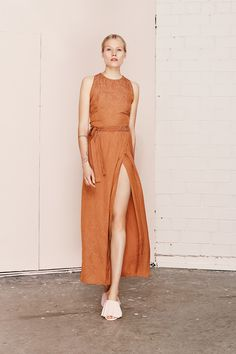 ILUNGA Brown high split dress  UNDRESS SS17 collection  www.iwearundress.com