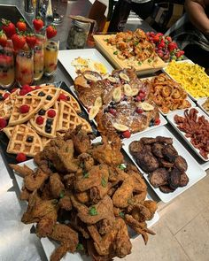 Breakfast Catering, Breakfast Buffet, Birthday Brunch, Brunch Party, Spa Party, Sunday Brunch, Birthday Parties, Sleepover Food, Junk Food Snacks