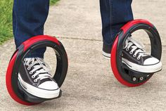 Brilliant Redesign Of The Skateboard Has Only Two Wheels With Foot Platforms - DesignTAXI.com