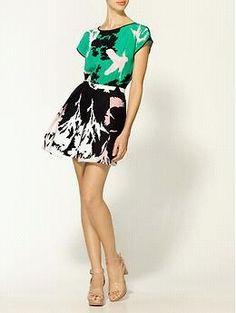 dress or art?