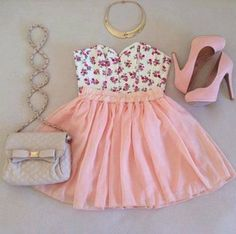 Cute Dress + Pretty Bag = <3<3<3<3<3<3<3