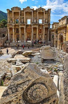 Celsus Kütüphanesi, Efes Türkiye