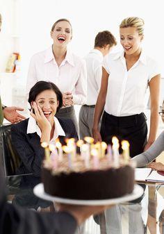 O bolo que você come no escritório pode colocar sua saúde em risco