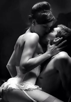 S E C As Passionate Couples Romantic Couples Sexy Couples Art Of Love