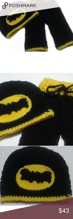 Batman Newborn Baby Pants and Beanie Hat Set Baby Newborn Batman Photo prop yellow and black. The photography prop set includes beanie hat and adjustable pants to create lasting memories for a life time. This photo prop set is perfect for a newbo Newborn Baby Photos, Newborn Outfits, Baby Newborn, Trendy Baby Boy Names, Baby Girl Names, Baby Boys, Indian Baby Names, Fun Baby Announcement, Baby Love Quotes