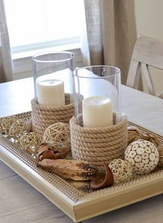 dekoracja ze świecznikami
