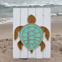 Handmade Turtle with Rope© Beach Pallet Art Coastal Decor Rope Art Turtle Art Pallet Art - Pallet beach signs - Pallet Crafts, Diy Wood Projects, Wood Crafts, Woodworking Projects, Diy And Crafts, Woodworking Furniture, Furniture Plans, House Furniture, Woodworking Workbench