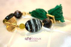 Amazing bracelet made of dark green silk, cobra agates, green serpentine, Akan gold weight.   #aflebijoux #bijoux #jewelry #etsy