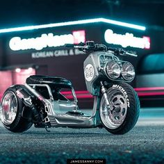 ⠀⠀⠀⠀⠀⠀ ⠀ ⠀⠀⠀⠀ ΛLΞX POOLΞ (@apoole_xxii) • Instagram photos and videos Custom Honda Ruckus, Scooter Custom, Grom Motorcycle, Motorcycle Design, Custom Street Bikes, Custom Bikes, Retro Scooter, Old Motorcycles, Air Ride