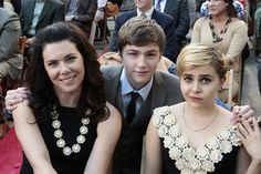 All dressed up!  #Parenthood Sarah, Amber ,& Drew are great characters,(such wonderful actors!! )