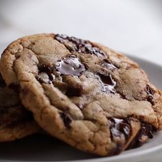 The Best Chewy Chocolate Chip Cookies Recipe by Tasty Delicious Cookie Recipes, Yummy Cookies, Sweet Recipes, Dessert Recipes, Yummy Food, Gooey Cookies, Lunch Recipes, Chewy Chocolate Chip Cookies, Comfort Food