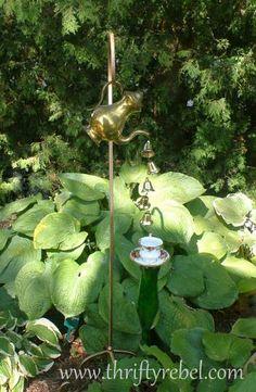 Very Alice in Wonderland. Perfect idea for a rain chain!