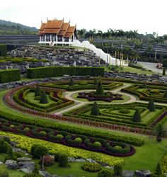 Awesome Suan Nong Nooch Thailand