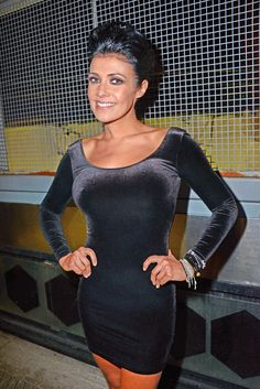 Kym Marsh At A Friends Birthday Celebrations At Paramount Bar In London Curvy Women Outfits, Sexy Outfits, Kym Marsh, British Celebrities, Tv Girls, Brunette Beauty, Girl Smoking, Sexy Older Women, Belted Dress