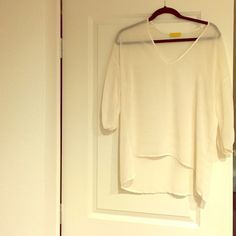 Dee Elle 3/4 sleeve white blouse Shimmer in fabric, v-Neck and sheer. Perfect condition! dee elle Tops Blouses