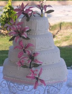 Hexagon Wedding Cake Photo:  This Photo was uploaded by SibeLady. Find other Hexagon Wedding Cake pictures and photos or upload your own with Photobucket...