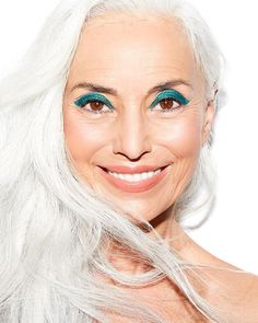 Getting Bolder: 12 Gorgeous Makeup Looks That Defy Ageist Beauty Stigmas - Makeup Looks Yellow Mannequin Senior, Pale Pink Lips, Vapour Organic Beauty, Volume Curls, Make Up Inspiration, Emerald Color, Professional Makeup Artist, Professional Outfits, Nude Lip
