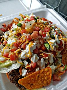 Healthy eating is really very important for good health. Find out how to begin substituting more healthy food items for your junk food to make the process much easier. By eating healthier foods, you a Enjoy Your Meal, Mexican Food Recipes, Healthy Recipes, Lunch Recipes, Diet Recipes, Sleepover Food, Food Goals, Aesthetic Food, Food Cravings