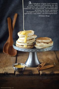 "Honey Biscuits from ""The Game of Thrones"" Cookbook   +++keksunterwegs.de+++"