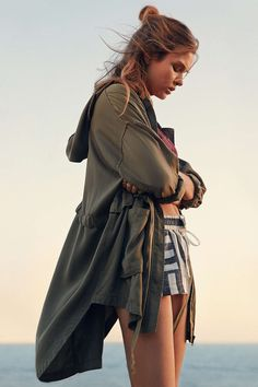 Josephine Skriver for Urban Outfitters Best Parka, Vintage Hipster, Josephine Skriver, Live Fashion, Women's Fashion, Winter Wear, Summer Wardrobe, Urban Outfitters, Style Inspiration