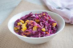 Der Rotkraut-Karottensalat ist nicht nur gesund, sondern schmeckt auch gut. Ein #Rezept für die kalte Jahreszeit - mit vielen Vitaminen.