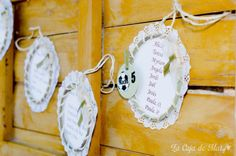 DECORANDO UNA COMUNIÓN http://www.lacajademary.com/2014/05/decorando-una-comunion.html