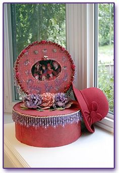 The Red Hat Society Official Website