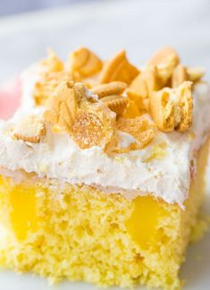 Hold on to yer horses, this Lemon Better Than Sex Cake is BETTER than the original better than sex cake! Lemon cake is for the lemon lovers! Lemon Desserts, Lemon Recipes, Just Desserts, Delicious Desserts, Trifle Desserts, Baking Recipes, Cake Mix Recipes, Dessert Recipes, Easter Recipes