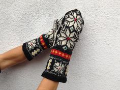 HandKnitted Norwegian Stranded mittens Mitts by Dom by domklary