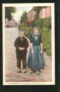 1931, broer en zus #Zeeland #Axel
