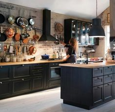 New Kitchen Ideas Ikea Kitchen, Home Decor Kitchen, Rustic Kitchen, Kitchen Interior, Cozy Kitchen, Black Kitchens, Home Kitchens, Küchen Design, House Design