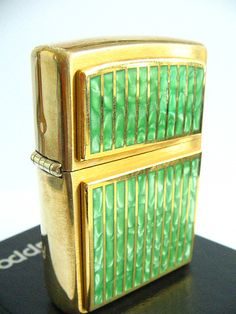 Green Marble Zippo Lighter - don't smoke, but wouldn't mind have this in my purse :)