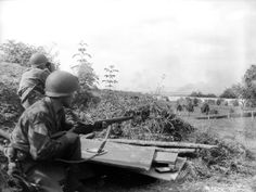 Soldiers of the 90th Infantry Division