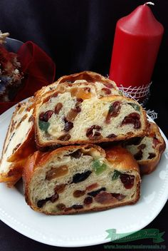 Cozonac fara Framantare Chocolate Eclair Cake, Christmas Bread, Waffle Cake, Romanian Food, Pastry And Bakery, Food Cakes, Dough Recipe, Sweet Cakes, Cake Recipes