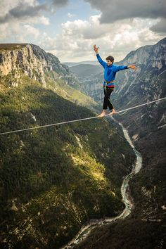 Tancrède Melet highlines above the Verdon river. I'm sure there was an easier way to cross the river!