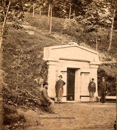 Springfield, Illinois, Abraham Lincoln, Public Receiving Tomb, Oak Ridge Cemetery, 1865, historic photo