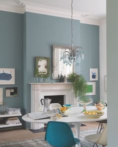 Oval Room Blue by Farrow & Ball Paint Love the pale blue walls and blue ch. - Oval Room Blue by Farrow & Ball Paint Love the pale blue walls and blue chandelier - Oval Room Blue, Dining Room Blue, Dining Room Colors, Room Paint Colors, Paint Colors For Living Room, Blue Rooms, Living Room Sets, Blue Living Room Walls, Cozy Living
