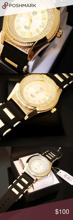 """NEW NEW MEN'S ICED OUT WATCH BRAND NEW!!!   HIP HOP STYLE AND VERY LUXURY LOOKING.   ADJUSTABLE PREMIUM QUALITY BULLET BAND   BRAND : TECHNO PAVE   Case size is approximately 47mm in diameter   Case is: 5/8"""" Thick   CZ stones on Bezel and Dial   WATCH BAND SIZE : 8 - 9 INCHES   WATER RESISTANT   STAINLESS STEEL BACK   JAPAN QUARTZ MOVEMENT   BATTERY INCLUDED Accessories Watches"""