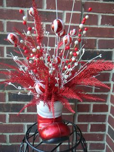 Decoration, Remarkable Decorations Christmas Centerpiece Ideas With Red Pine Needles And Red Mixed White Christmas Balls In Unique Santa Shoe Vase For Beautiful And Elegant Christmas Centerpieces: Christmas Centerpieces Ideas for Tables Noel Christmas, Christmas Design, All Things Christmas, White Christmas, Christmas Lights, Vintage Christmas, Christmas Wreaths, Christmas Crafts, Christmas Balls