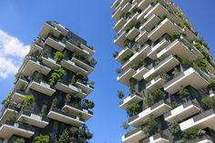 """Résultat de recherche d'images pour """"vertical gardens on buildings"""""""
