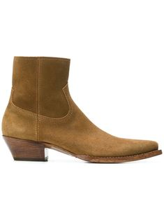 Saint Laurent Lucas Brushed-suede Boots In Tan Saint Laurent Chelsea Boots, Saint Laurent Shoes, Brown Ankle Boots, Suede Ankle Boots, Men's Boots, Mens Fashion Casual Shoes, Fashion Boots, Chelsea Boots Outfit, Shoes Men