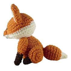Ravelry: Sitting Fox pattern by i crochet things Crochet Fox Pattern Free, Free Pattern, Crochet Patterns, Amigurumi Patterns, Crochet Animals, Crochet Things, Fiber Art, Ravelry, Crafts